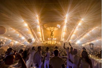 LED lighting amazes in world premiere Sensation